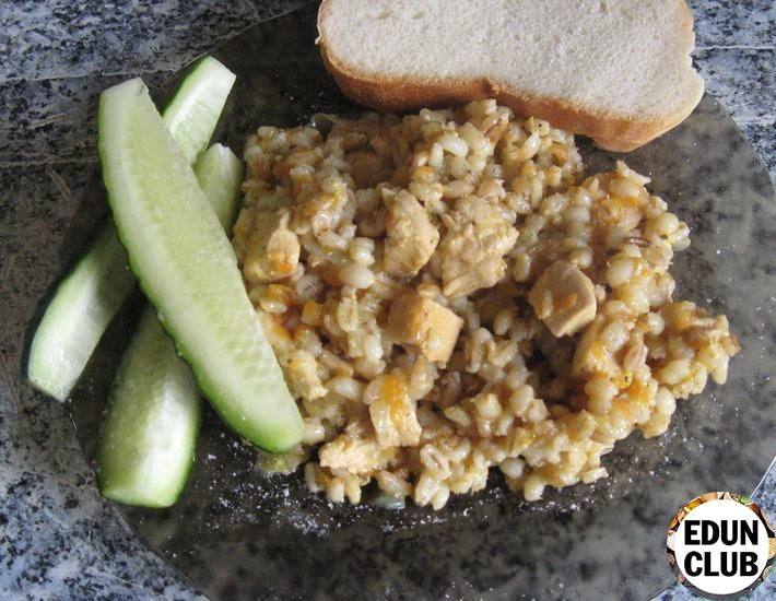 Barley with chicken in a slow cooker